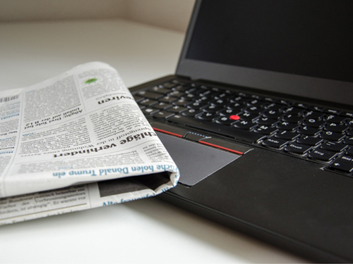 Laptop Newspapers